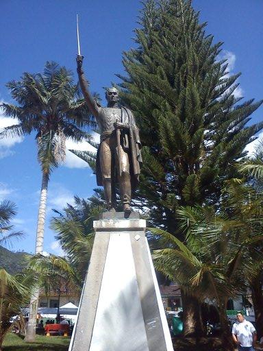 Estatua Simon Bolivar Salento Quindio